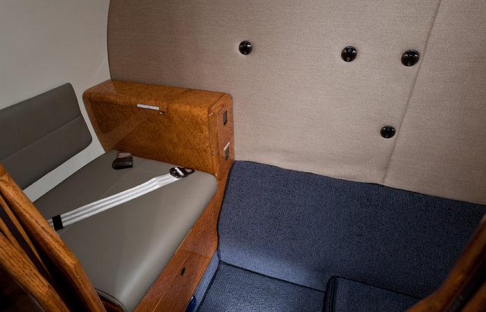 Cessna-Citation-V-Aft belted lav