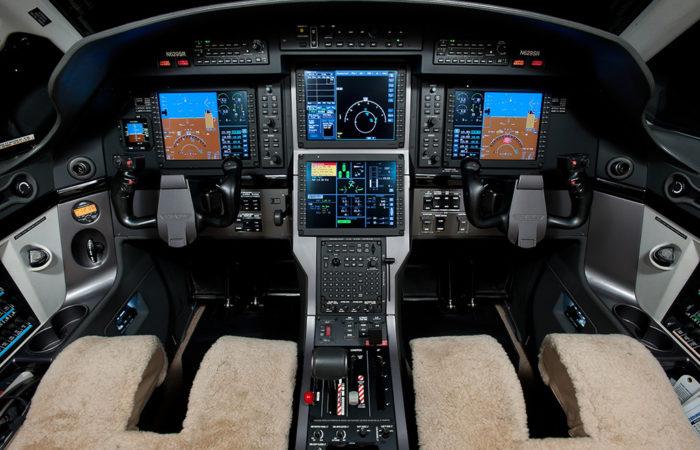 Pilatus cockpit-Web